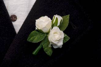 White Mini Rose Bud Boutonniere